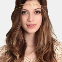 Daisy Chain Headpiece By St. Eve - $42.00 : ThreadSence, Women's Indie & Bohemian Clothing, Dresses, & Accessories
