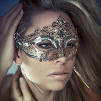 Super Deal masquerade masks 2016 Easter masks paintball Elegant Metal Laser Cut Venetian Ball Masquerade Luxury Mask XT