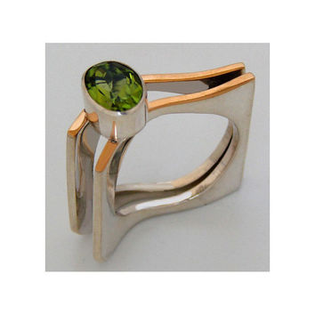 silver and gold ring peridot ring size 4 5 6 7 8 9 by aboutjewelry