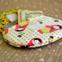 babushka doll coin purse, change purse, stocking stuffers, pouch, coin bag, mini wallet, purse, pocket pouch, babushka fabric, change wallet