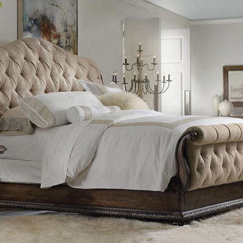 Magnus Queen Size Upholstered Sleigh Bed