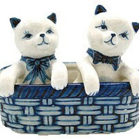 Kittens Salt and Pepper Shakers: Kittens/Basket