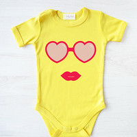 Hipster baby clothes. Modern baby girl romper. Sunglasses baby bodysuit. Hipster Baby Outfit.