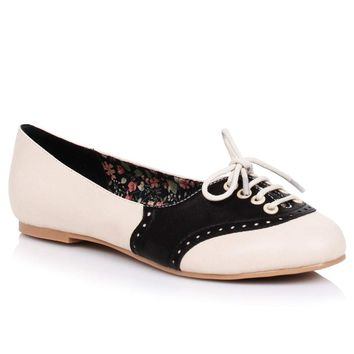 Cream & Black Retro Halle Oxford Saddle Shoes