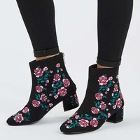 BLOSSOM Embroidery Boots - Shoes