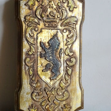 Wood Lion Heraldry Plague Crown Rampant Lion Gilded Wall Hanging Wall Decor