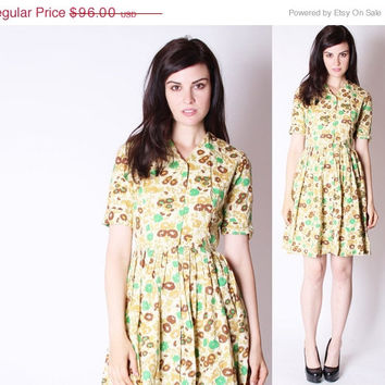 CYBER MONDAY SALE 50% Off Vintage 60s Short Dress / Floral Vintage Dress / Fall Floral / Mad Men Style / Rustic Floral Dress / Yellow and Gr