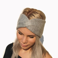 Hand Knit Headband, Womens Ear Warmer in Gray / Hand knitted