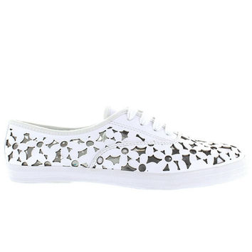 e6d27d3402c Jeffrey Campbell Peg Daisy - White Leather Floral Laser Cut Snea. shoes