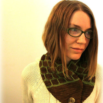 Scarflette, button scarf, knit accessory, knitted scarf, neck warmer, unisex