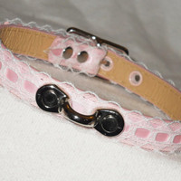 White Lace & Pink Ribbon Princess Slave Collar with Coachman Loop - Vegan leather - Pastel Goth Choker Cute Bondage Collar
