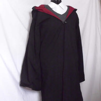 Harry Potter Gryffindor Robe / Cloak READY to SHIP by toeFishy