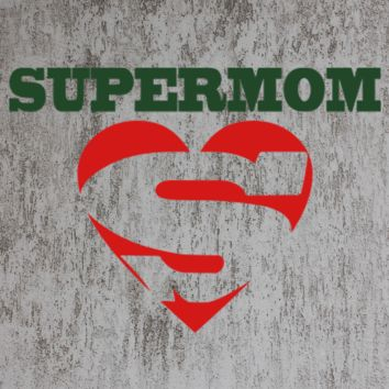 SUPER MOM SUPER MAN STYLE TSHIRT