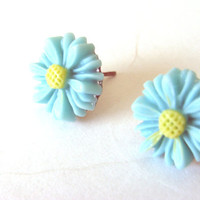 Mint Green Daisy Tiny Post Earrings Pierced Mint Green  With Yellow Centers Spring Flower Fashion Jewelry