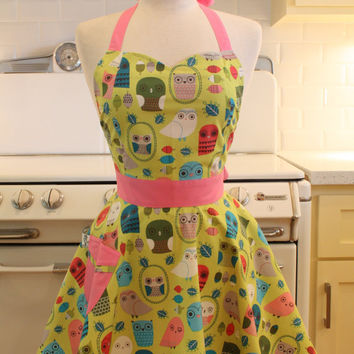 Retro Owl Apron Sweetheart Neckline Bright Owls BELLA Full Apron