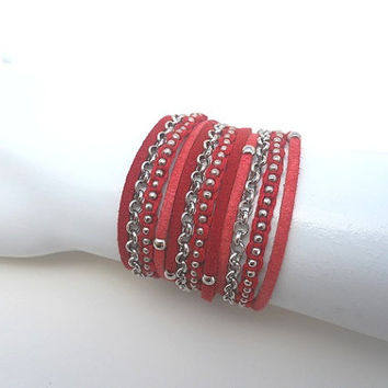 Red shades Suede cords, Cotton Cord Macrame and A Pea Nickel Chain - 3X Wrap Bracelet