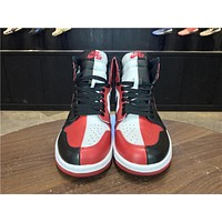 Nike Air Jordan 1 High Retro HOMAGE TO HOME Mensneaker Women 555088-231