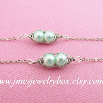 Two peas in a pod best friend bracelet set - Light mint green