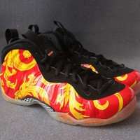 "Nike Air Foamposite One ""Supreme""Sneaker"