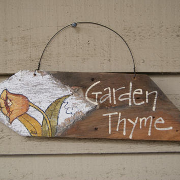 Hand Painted Garden Sign ~Spring Decor~ Wood Sign ~Picket Fence Post~