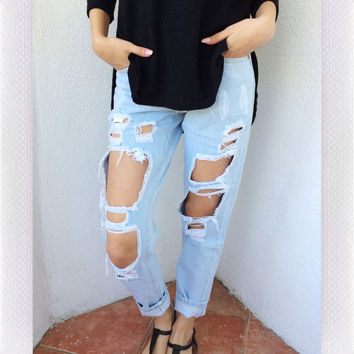{REVERSE OFFICIAL} Distressed Jeans- Blue
