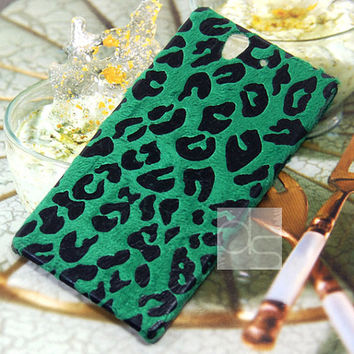 Sony Ericsson Xperia Z LT36h LT36i Skin Case - Cute Velvet Felt Fuzzy Hand Craft Made Animal Print Back Hard Case Cover (Green Leopard)