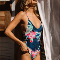 2017 New Sexy One Piece Swimsuit Women Swimwear Cut Out Halter Bodysuit High Neck Bathing Suit  Monokini Swimsuit