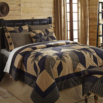 Dakota Star 6-pc Patchwork Quilt Combo Sets - Choose Size - Black and Tan - Country/Rustic Charm