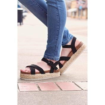 Black Mesa Criss Cross Flatform Espadrille Sandals