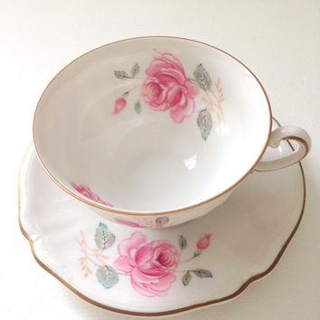 Vintage Hutschenreuther Arzberg Bavaria Germany Tea Cup & Saucer Cottage Tea Party