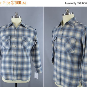 Vintage 1960s Pendleton Wool Shirt / 60s Men's Plaid Shirt / Vintage Menswear / Light Blue Tartan / Western Shirt / Size Large L