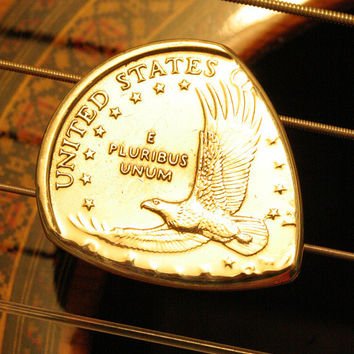 USA Eagle Gold Dollar Coin Guitar Pick for Acoustic and Electric Guitar, Bass, Mandolin, Ukulele, Dulcimer