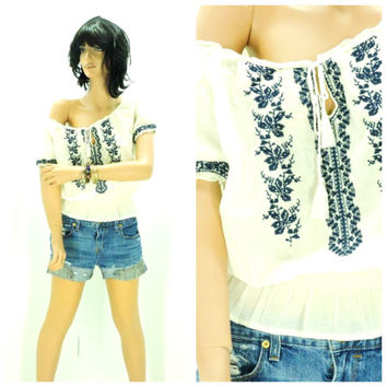 Boho peasant top size M, white embroidered tunic top, Indie smock top, bohemian embroidered cotton blouse, SunnyBohoVintage