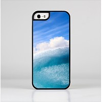 The Sunny Day Waves Skin-Sert for the Apple iPhone 5-5s Skin-Sert Case