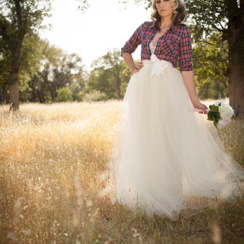 Country/Rustic/Ranch Wedding Skirt Floor Length Adult Tulle Tutu Skirt with Satin Ribbon Sash IVory/Cream Retro