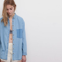 DENIM BOYFRIEND SHIRT - BLOUSES AND SHIRTS - WOMAN - PULL&BEAR United Kingdom