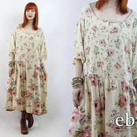 Vintage 90s Cream Floral Babydoll Dress from Everybody\'s Buying