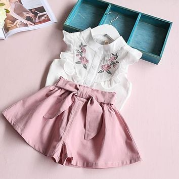 Girls Floral White Shirt and Bow Shorts 2 Piece Set