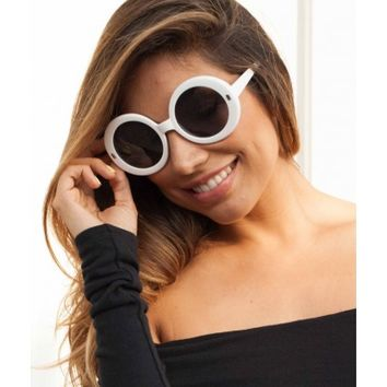 Mia White Round Oversized Sunglasses