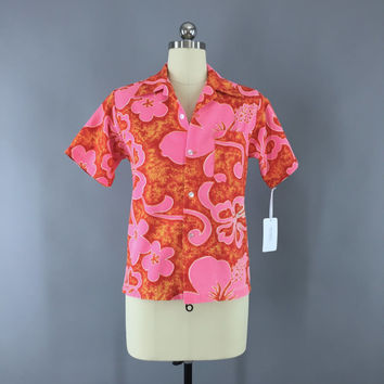 Vintage 1960s Hawaiian Shirt / 60s Aloha Shirt / Women's Hawaii Blouse / Kole Kole / Pink & Orange Floral Print Batik / Size Small S 4 to 6