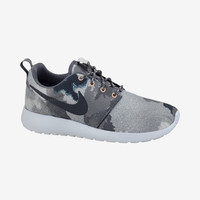 Check it out. I found this Nike Roshe Run Print Women's Shoe at Nike online.