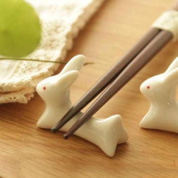 Cute Japanese Ceramic Ware Rabbit Chopsticks Stand Rack Porcelain Spoon Fork Holder Home New free shipping Drop shipping