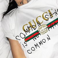 GUCCI Fashion New Bust Letter Graffiti Stripe Leisure Women Men Top T-Shirt White