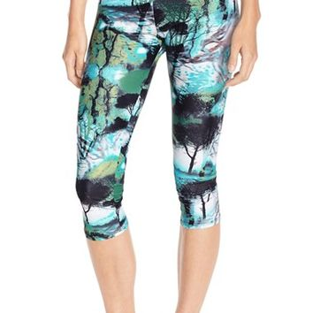 Women's Onzie Low Rise Capris (Nordstrom Online Exclusive)