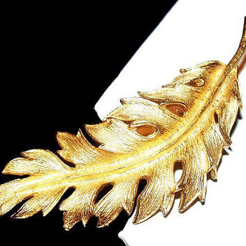 "Coro Leaf Brooch Pin Signed Gold Textured Metal 3"" Vintage Fall 1961"