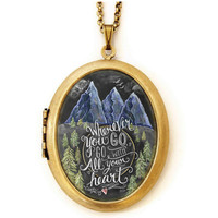 Mountains - Locket