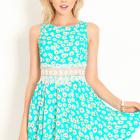 SPRING FLING DAISIES DRESS