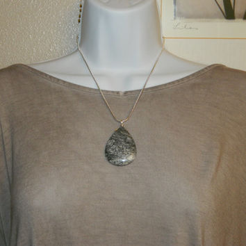 105ct. Black and Gray Stone, Semi Precious, Agate, Pendant, Necklace, Teardrop, Natural Stone, 156-15