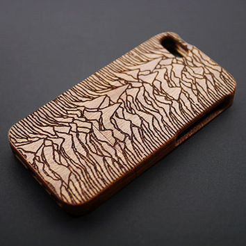 Buy 1 Get 1 Free- Mountain Totem Wood iPhone 5s Case - Real Wood iPhone 5s Case - Custom iPhone5 Case Wood - Personalized iPhone 5 Case Wood
