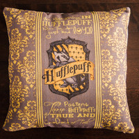 harry potter, hufflepuff, harry potter, throw pillows, decorative pillows, movies, jk rowling, wizard, christmas, birthday, gifts, presents